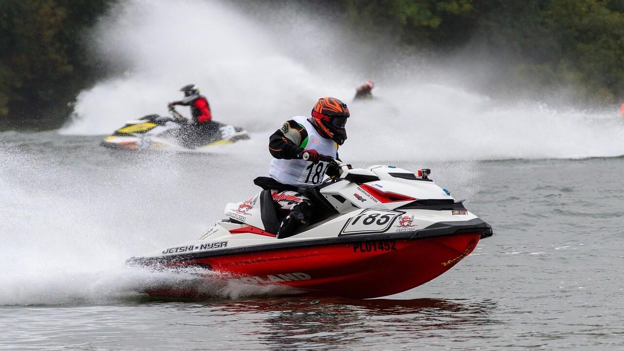 motor-boat-race-3699222_1280